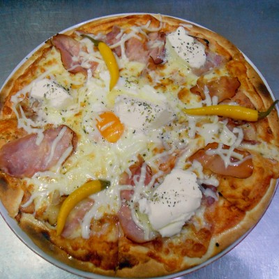 Pizza Serbiana